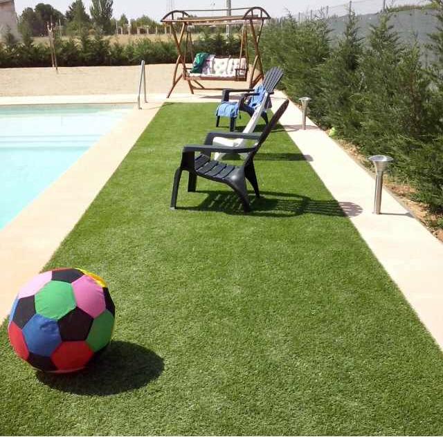 pajarita-iv-piscina